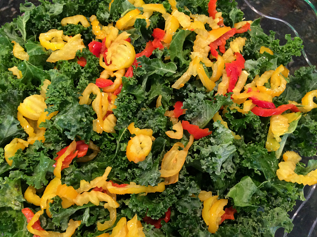 kale with peppers