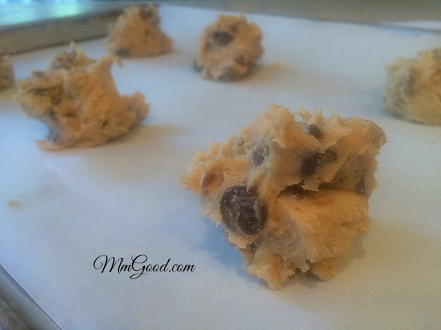 chocolate-chip-cookies-prebaked