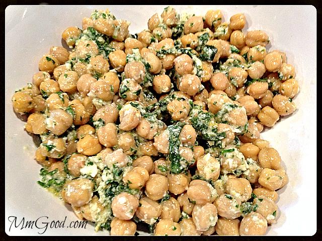 Chickpea Salad | MmGood.com