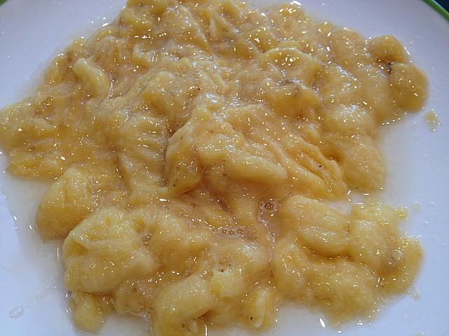 Oatmeal Banana Muffins - Bananas