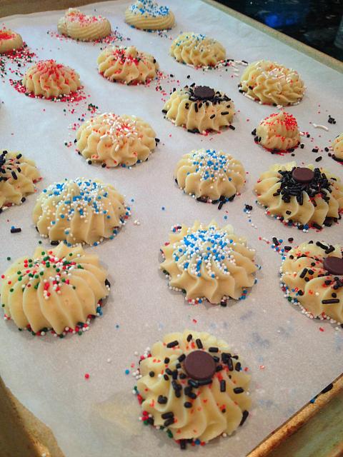 Spritz Cookies - kelsi decor