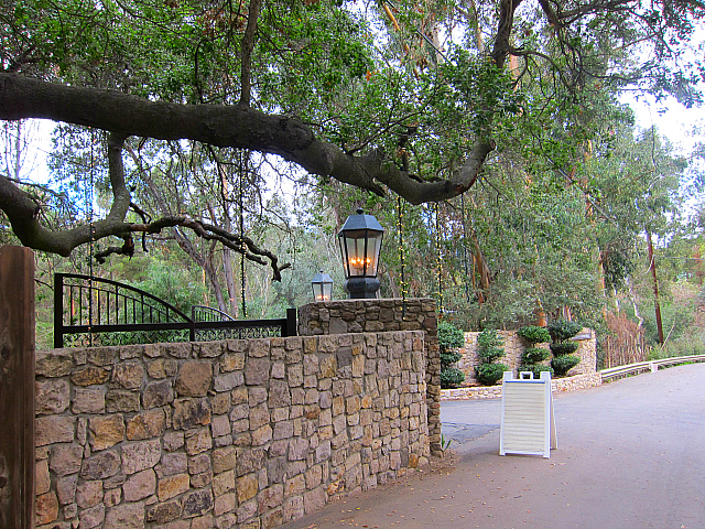 Calamigos Ranch - entrance