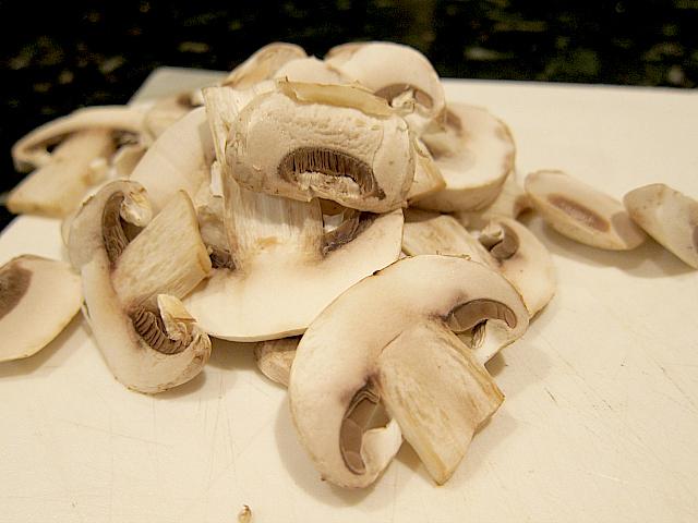 Green Beans - Sliced Mushrooms