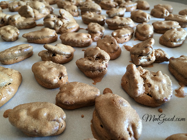 baked pecans