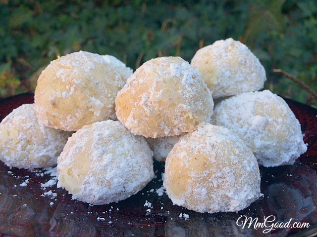 12 Days Of Christmas Walnut Kiss Mexican Cookie With A Twist
